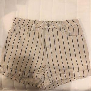 High waisted Striped Mom Shorts
